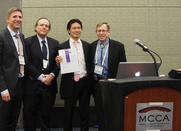 白内障手術2万件の実績、講演・論文発表・受賞歴も多数