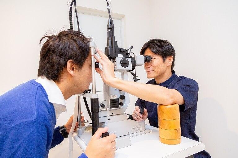 視力が低下する原因